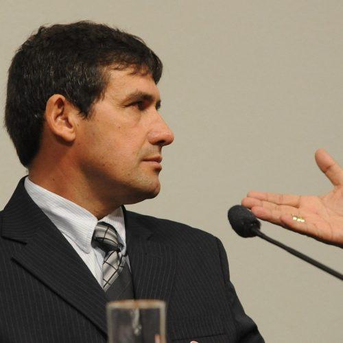 Ex-prefeito piauiense é preso em MG condenado por estupro de vulnerável