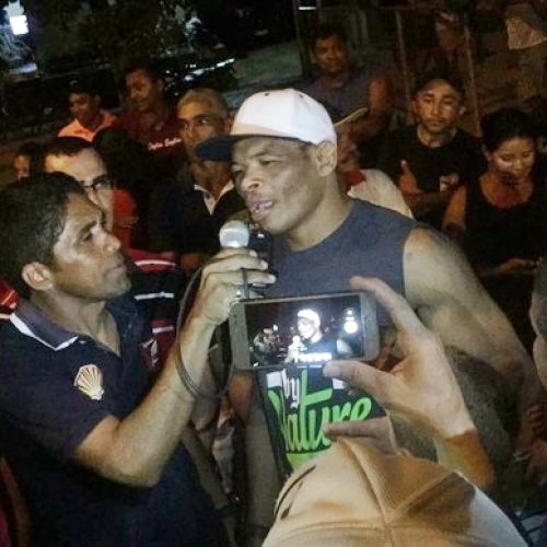 Cidade do Piauí faz festa para receber lutador de UFC Massaranduba