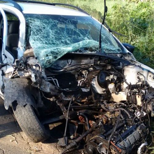 Ônibus de Mara Pavanelly se envolve em acidente e uma pessoa fica ferida no Piauí