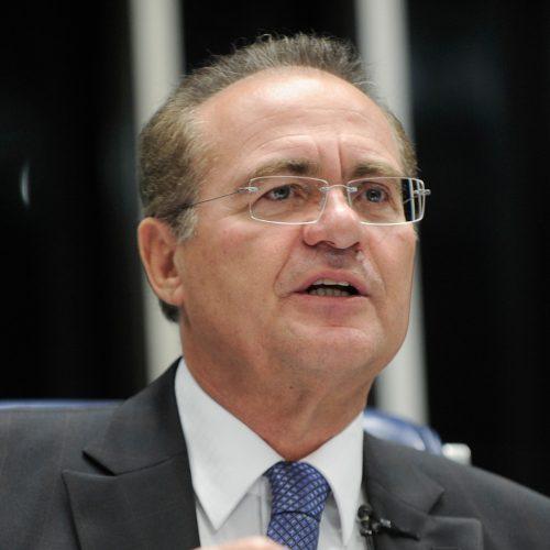 'Vou ajudar Michel como ajudei Dilma', diz Renan em julgamento