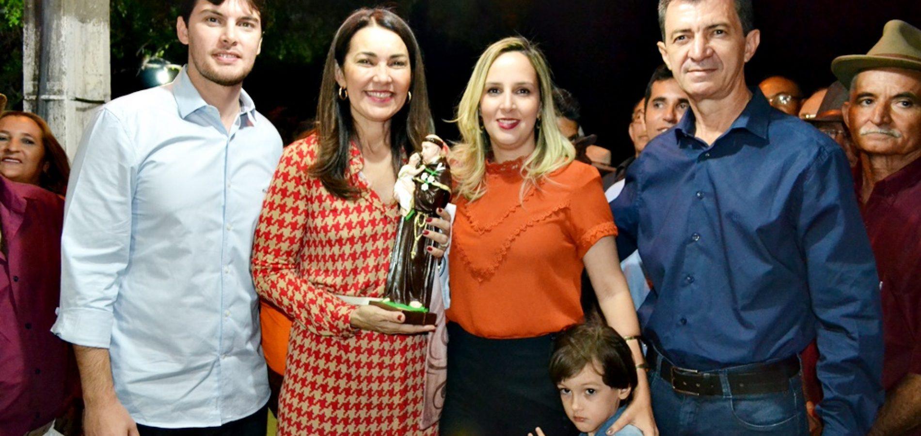 Vice-governadora visita Padre Marcos e é recepcionada pelo pré-candidato a prefeito Waldemar Neto