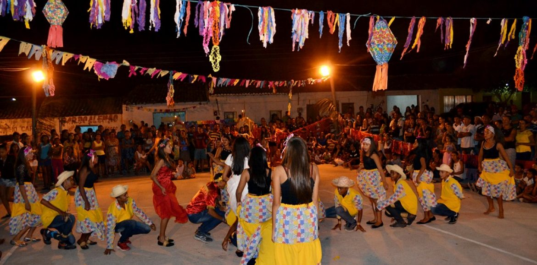 JAICÓS   Escola do povoado Várzea Queimada promove o 4º São João; fotos