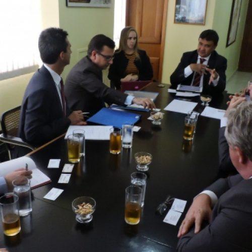 Wellington apresenta ao Banco Europeu programa de investimentos para o Piauí