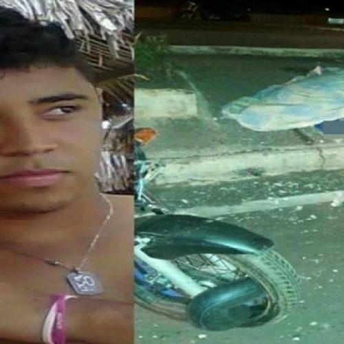 PICOS | Jovem morre ao colidir contra poste no bairro Junco