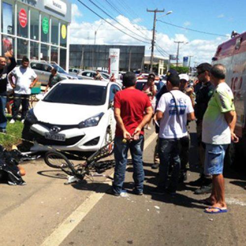 Acidente envolvendo 4 veículos deixa motociclista morto no litoral