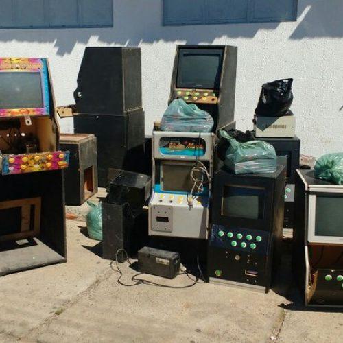 PM flagra comércio com máquinas caça níquel e R$ 18 mil em cheques no interior do Piauí