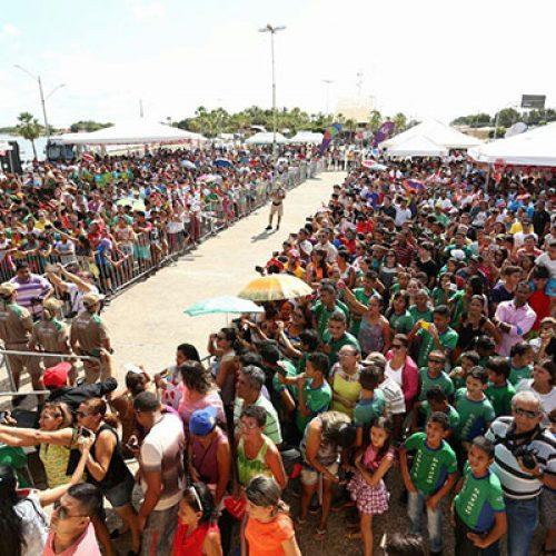 Vaqueiros acompanham a tocha olímpica em Campo Maior; fotos