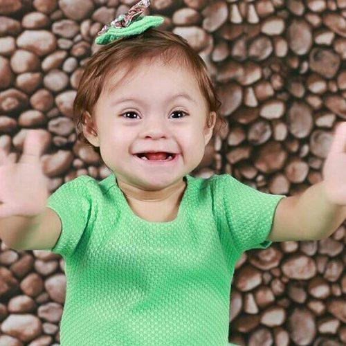 Criança de dois anos morre engasgada com casca de uva e comove moradores de Jacobina do Piauí