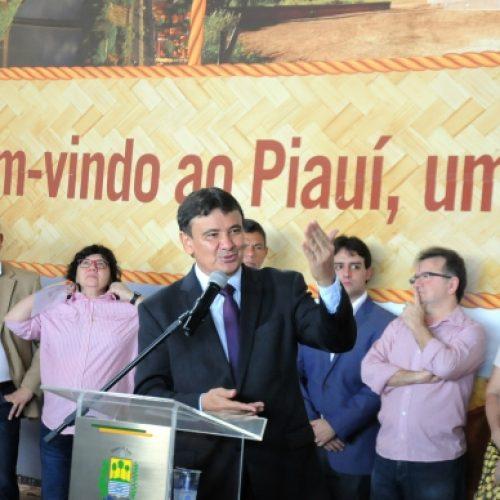 Governador lança programa Voa Piauí com voos de Teresina a Picos, São Raimundo Nonato e Parnaíba
