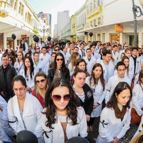 Médicos do Piauí vão paralisar 100% de consultas, exames e cirurgias, afirma Simepi