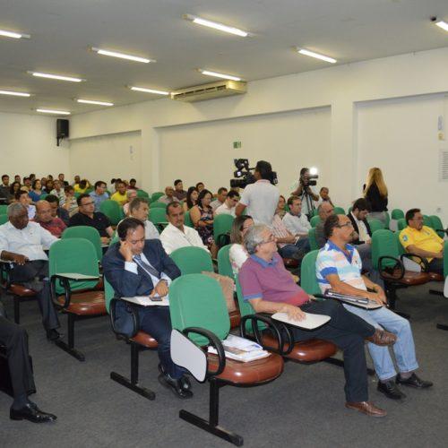 Prefeitos recebem orientação sobre fiscalizações do TCE e vedações eleitorais