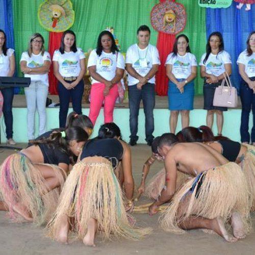 Vera Mendes apresenta ações desenvolvidas em II Fórum Comunitário do Selo Unicef