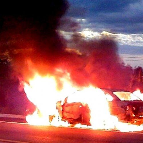 Taxista preso em porta-malas escapa antes de ser queimado vivo no Piauí