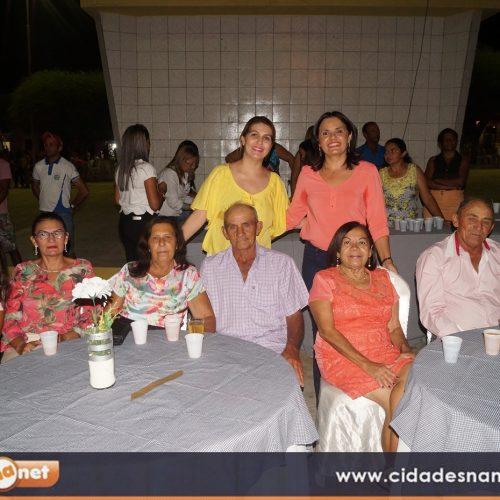 SIMÕES 62 ANOS | Assistência Social promove baile para grupo de idosos
