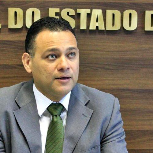 Delegado geral faz divisão de atribuições das delegacias em Picos