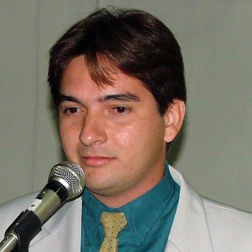 Vereador Iata Rodrigues pode deixar a base do Padre Walmir e se aliar a Gil Paraibano