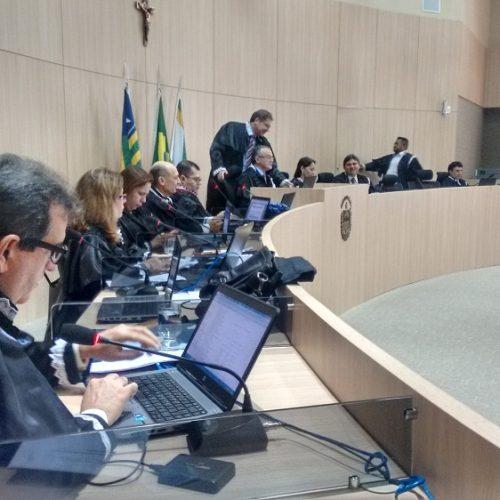 Após denúncia, TCE suspende licitação de R$ 518 mil em município do Piauí