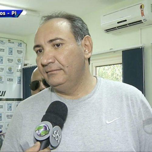 Vice-prefeito de São Julião deixa a prisão e agradece a Deus