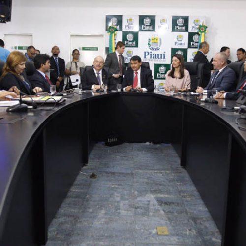 No Piauí, ministro anuncia fusão entre programas Bolsa Família e 1ª Infância