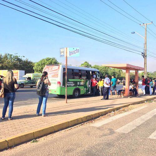 Cerca de 230 mil usuários ficam sem ônibus com paralisação de motoristas em Teresina