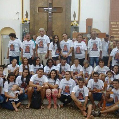 Família chega a Santa Cruz dos Milagres após andar 181 quilômetros em promessa