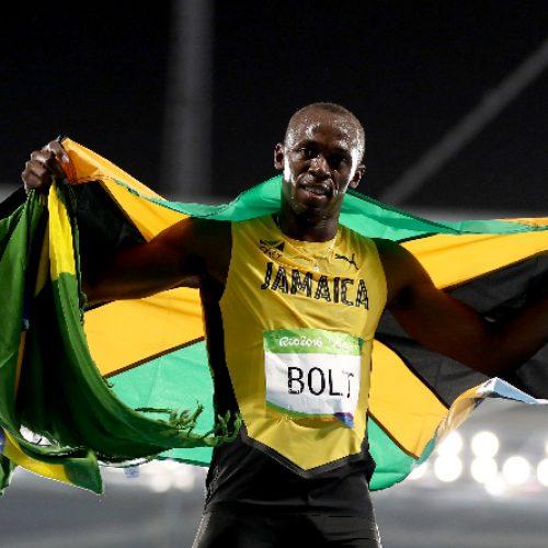 Bolt conquista segundo ouro no Rio 2016 e cita Pelé ao falar sobre seu legado