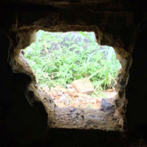 Jovem foge após cavar buraco na parede de delegacia no Piauí
