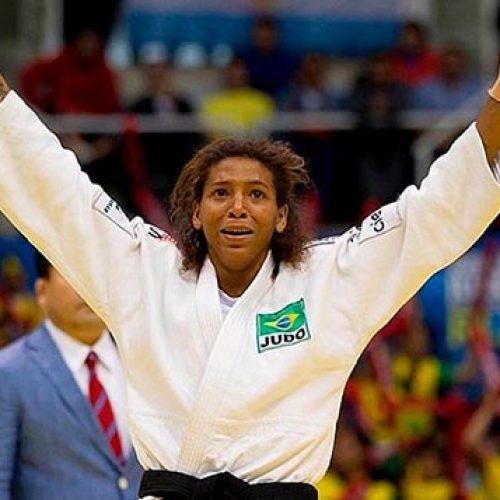 Rafaela Silva garante primeira medalha de ouro para o Brasil
