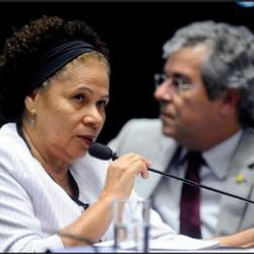 Regina Sousa abandona os autos e apela a questões político-partidárias