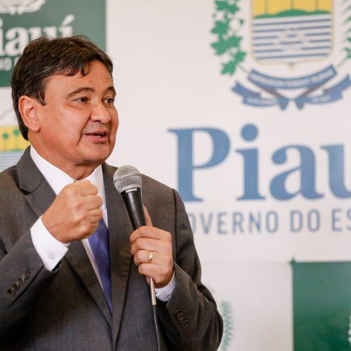 Governador do PI decreta ponto facultativo nesta quinta (13)