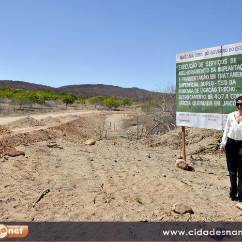 Vice-governadora visita obra  de asfaltamento em Jaicós