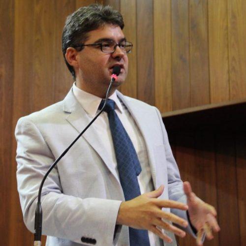 Governador sanciona lei que avisa inclusão do nome no SPC e Serasa
