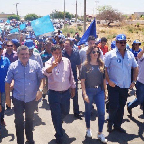 SIMÕES | Governador e deputados participam de caminhada com Zé Ulisses e Claudeir