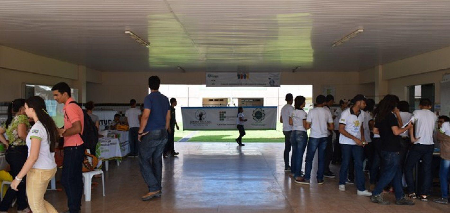 Atentado Em Escola Facebook: Aluno Ameaça Praticar 'atentado' Em Escola Do Piauí