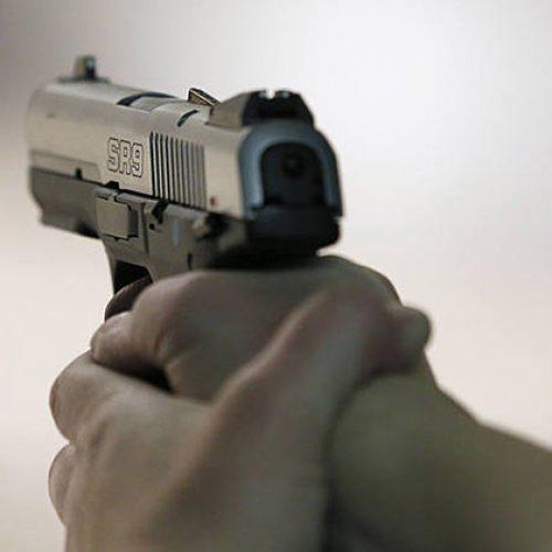 Bandidos assaltam residência e levam família como refém no interior do Piauí