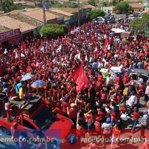 Mulheres vão às ruas em apoio às candidaturas de Márcio Alencar e Hermilinda em Alegrete; fotos