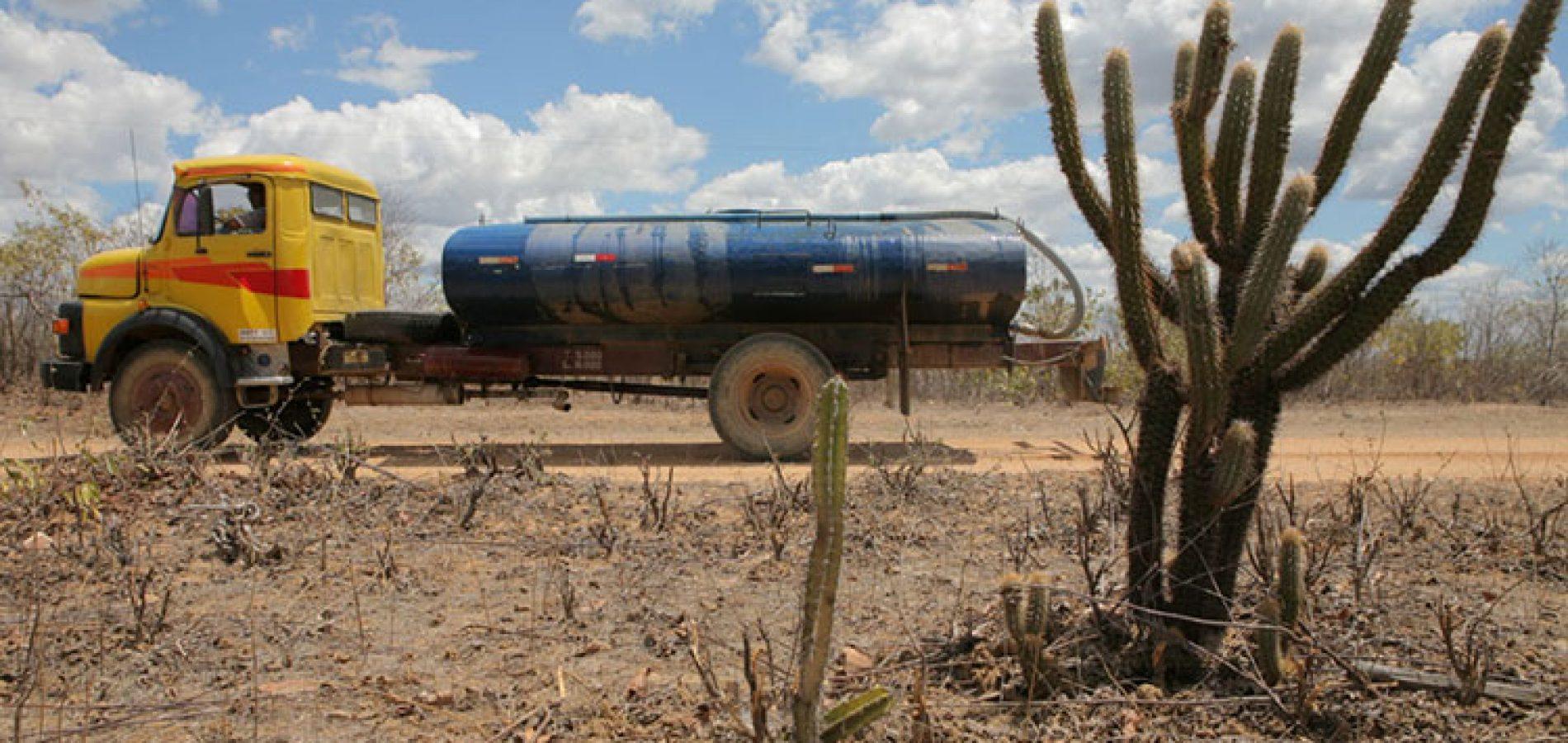 Governo do Piauí vai receber R$ 10 milhões para realizar operação carro-pipa em 42 municípios; veja quais!