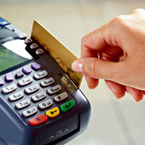 Denatran suspende pagamento de multas com cartão