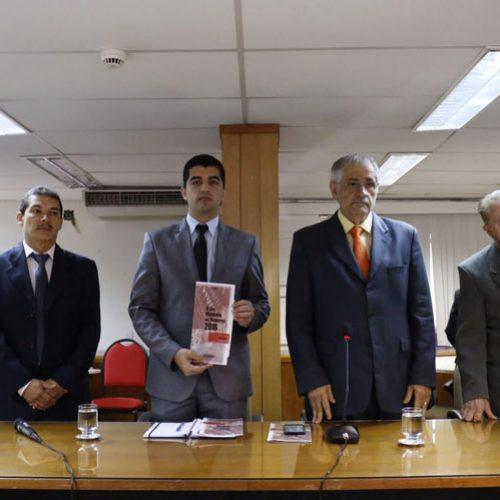 Cartilha possui dados sobre cidades para candidatos e eleitores de todo Piauí