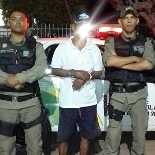 Homem é preso após esfaquear sobrinho em Betânia