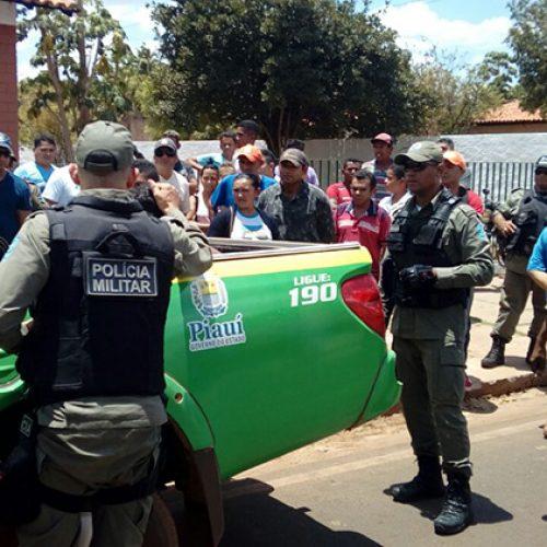 Cliente mantida refém escapa e ajuda na prisão de assaltantes em tentativa de assalto à agência dos Correios no Norte do Piauí