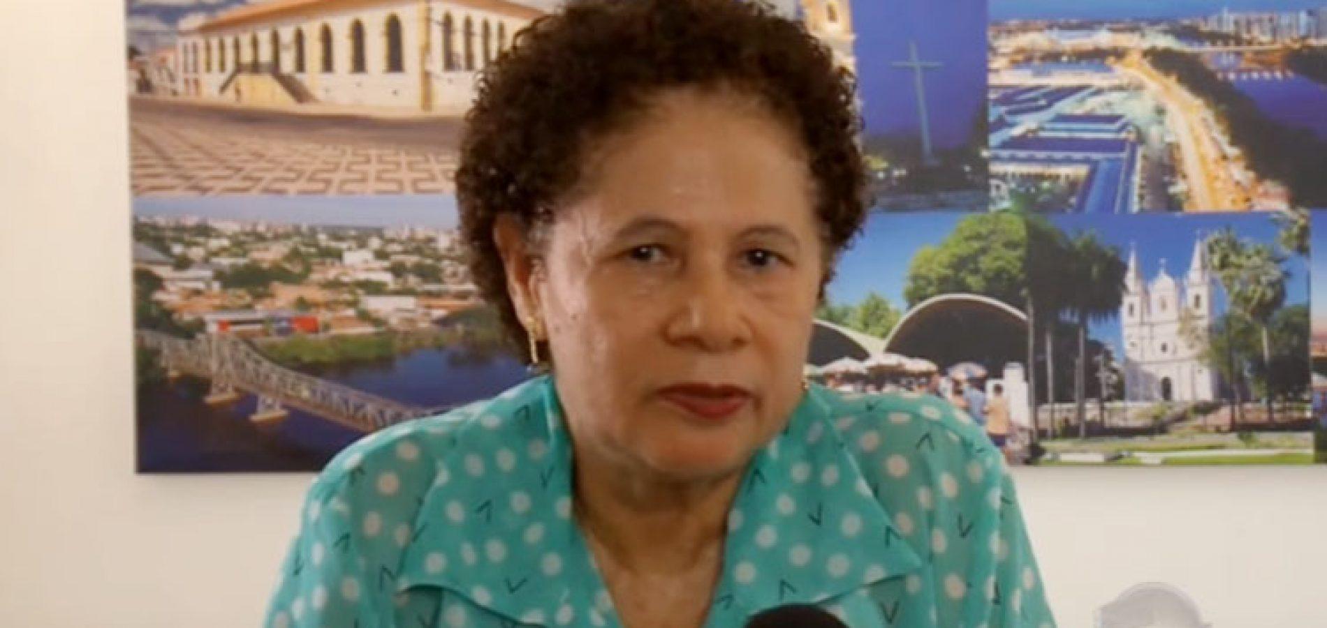 """""""Sou pré-candidata sim, garante a senadora Regina Sousa"""