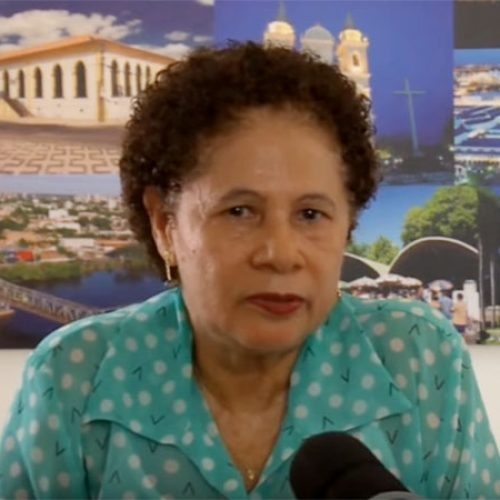 Regina teme que PMDB 'caia fora' em 2018 e defende aliança com pequenos