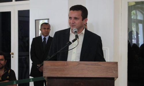 Arinaldo Leal participa de homenagem a médicos cubanos em Teresina