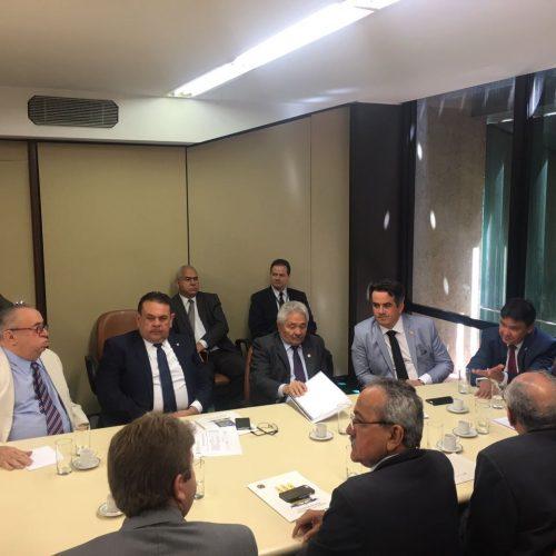 Bancada federal piauiense decide destinar parte das emendas para duplicar BRs