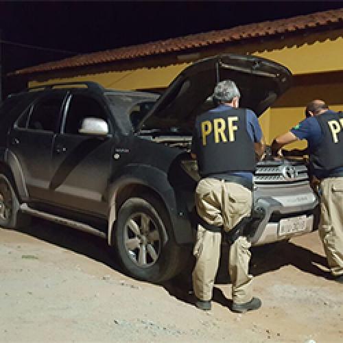 PRF no PI recupera Toyota SW4 que transitava com documento roubado