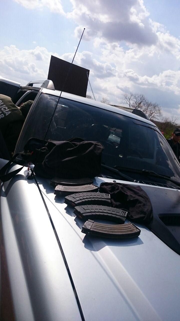carro-usado-em-explosao-de-carro-forte5