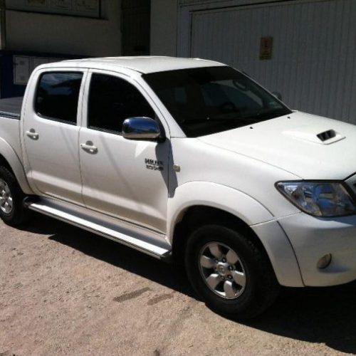PICOS | Homens roubam caminhonete no bairro Junco