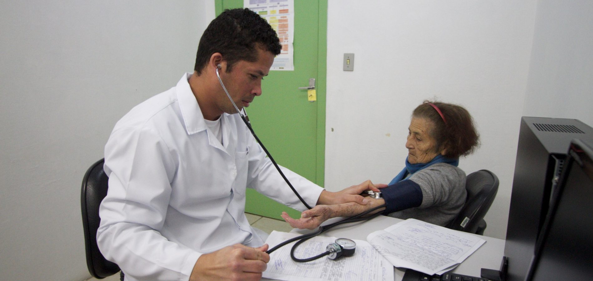 Aumenta para 33 o número de médicos que iniciaram atividades no Piauí