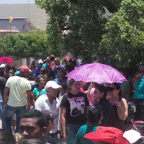 PIO IX | População protesta contra resultado e candidato pedirá impugnação de urnas